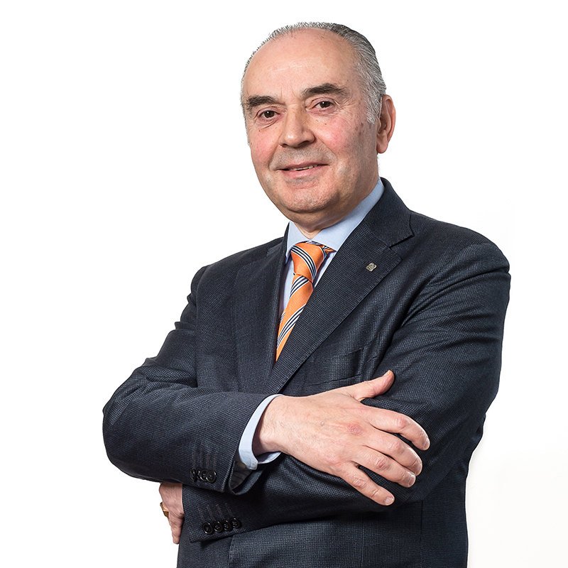 Roberto Zambiasi, Associato